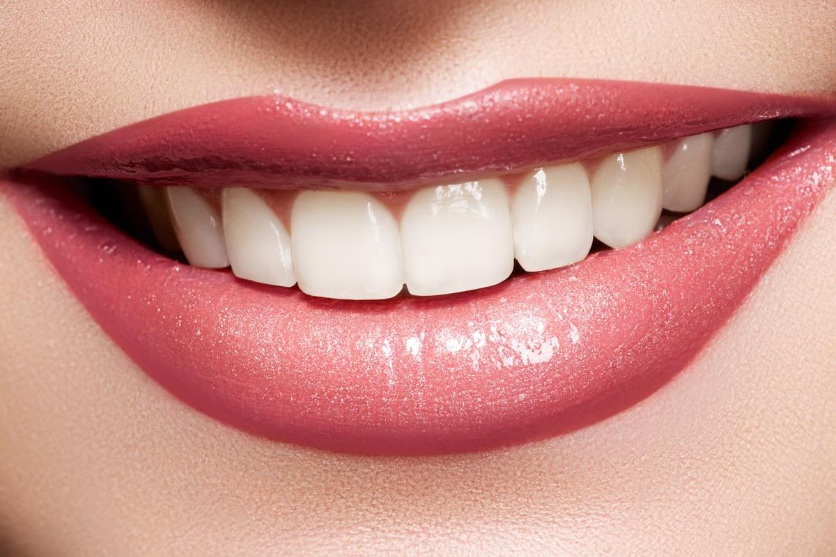 Depositphotos_6913677_Close-up-Smile-Femalel